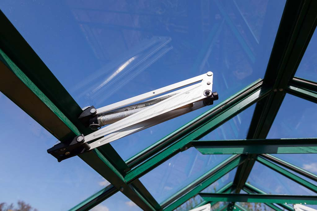 automatic-roof-vent-greenhouse-opener